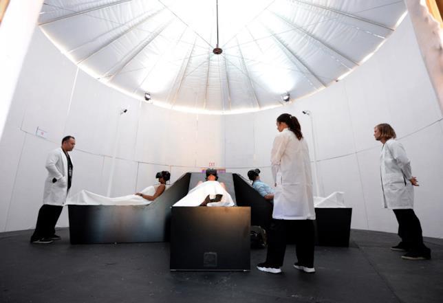L'interno dell'installazione di American Horror Story's Fearless VR Experience
