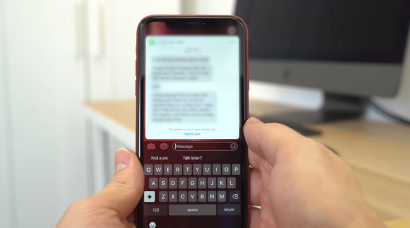 L'Haptic Touch in funzione su iPhone XR