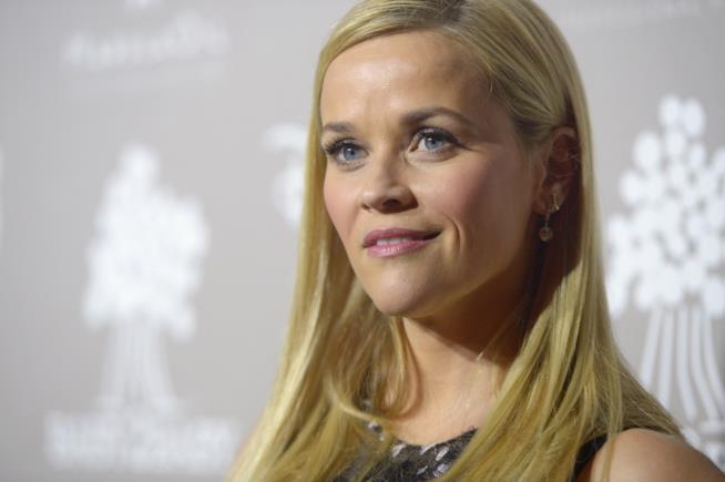 Reese Witherspoon al lavoro sul film di Barbie