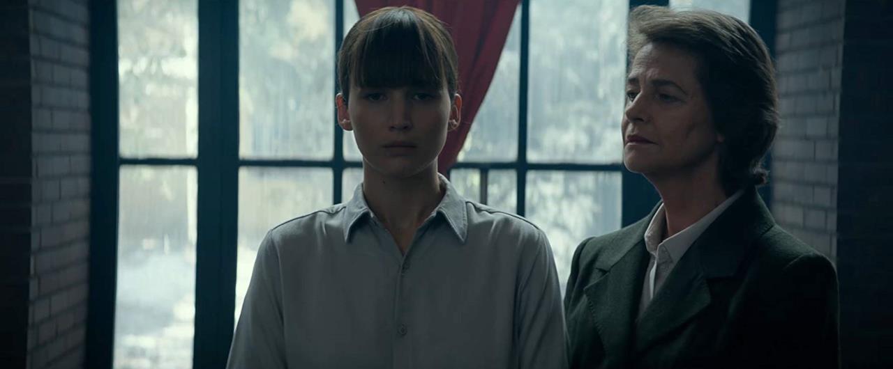 Dominika Egorova e la direttrice