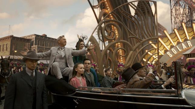 L'arrivo dell'imprenditore V.A. Vandevere e dell'acrobata Colette Marchant al circo