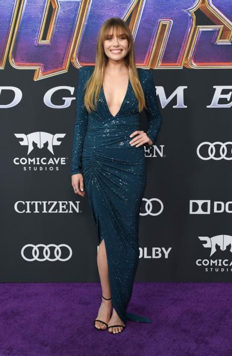 Elizabeth Olsen sul red carpet di Avengers: Endgame
