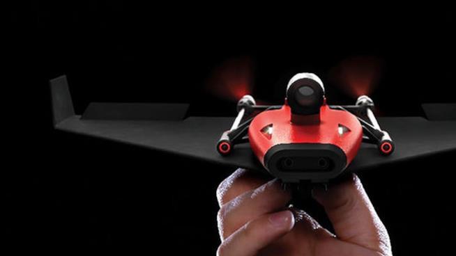 PowerUp FPV l'aeroplanino di carta drone
