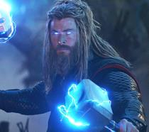 Un primo piano di Chris Hemsworth nei panni di Thor in Avengers: Endgame