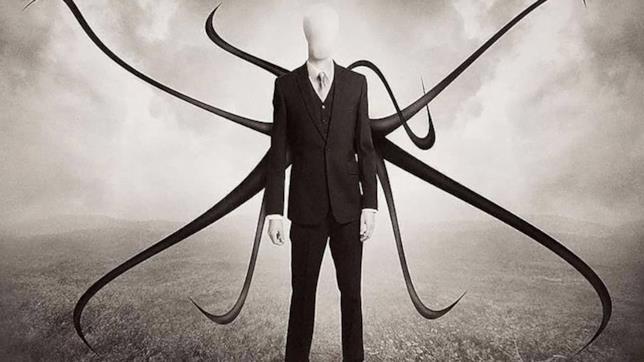 Lo Slender Man è senza volto e armato di tentacoli