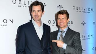 Il regista Joseph Kosinski e Tom Cruise