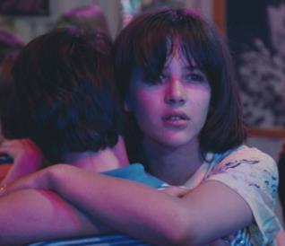 Sophie Marceau e Alexandre Sterling in una scena de Il tempo delle mele 1980