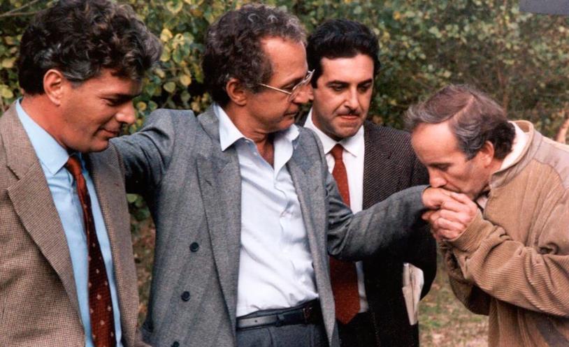 Ben Gazzara e Nicola Di pinto in una scena del film