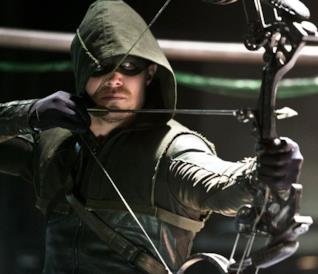 Stephen Amell è Oliver Queen in Arrow