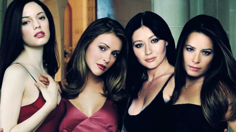 Le sorelle Halliwell, protagoniste della serie madre Streghe