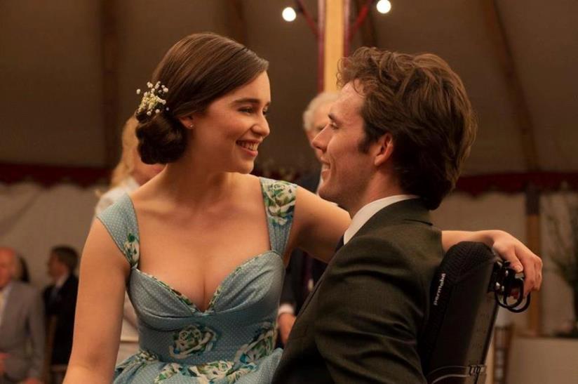 Emilia Clarke e Sam Claflin in Io Prima di Te