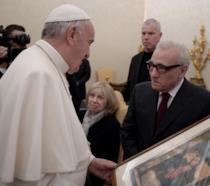 Martin Scorsese ha donato un quadro a Papa Bergoglio