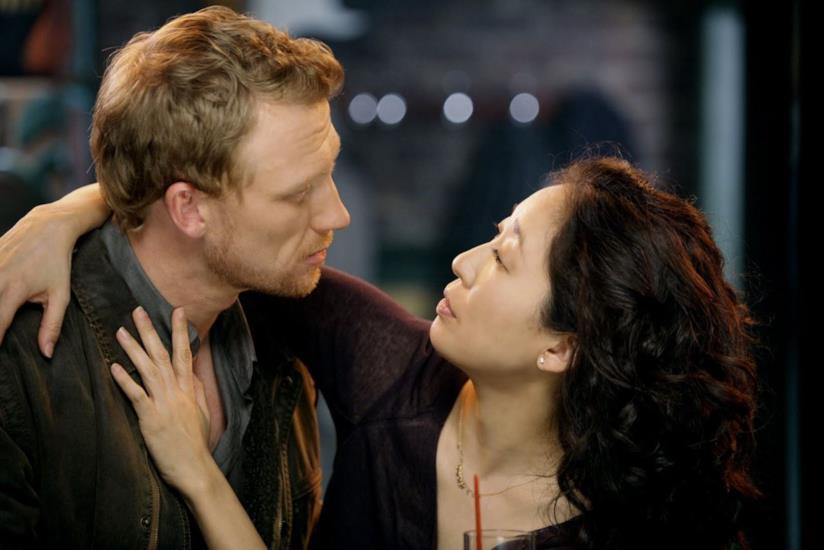 Cristina e Owen in una scena di Grey's Anatomy
