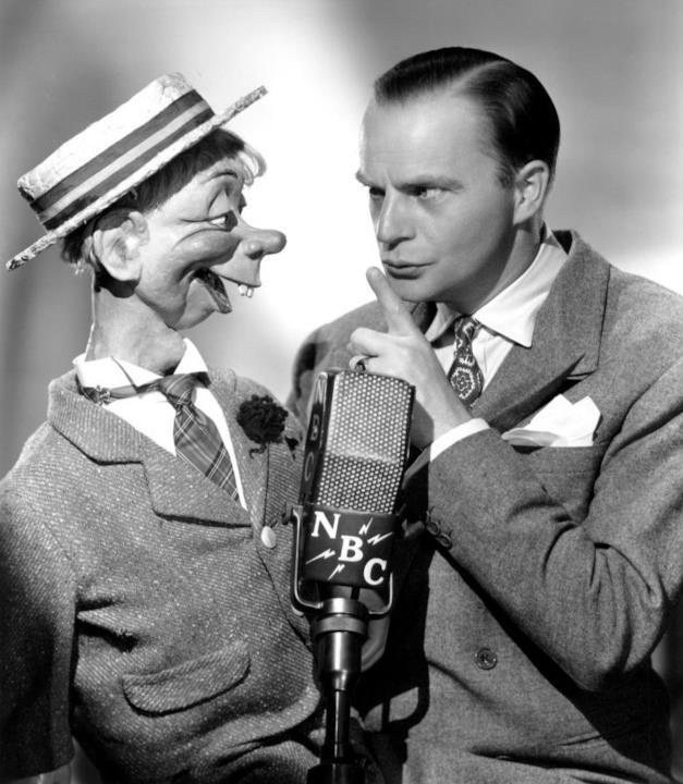 Uno dei ventriloqui più famosi di tutti i tempi. Ispirò Jim Henson nella creazione dei Muppet