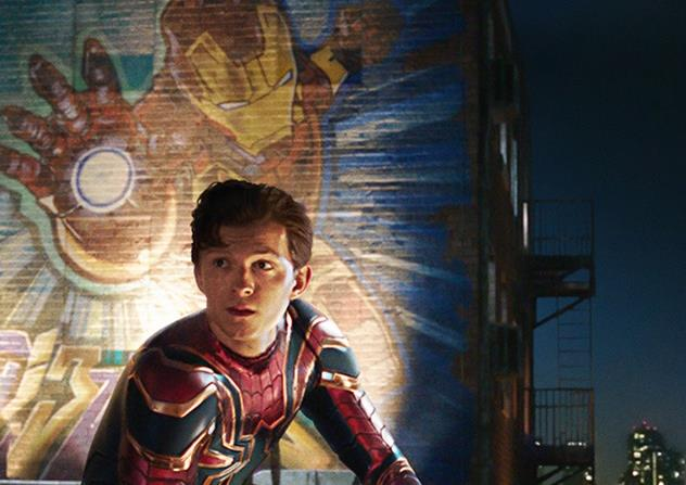 Tom Holland nei panni di Peter Parker in Spider-Man: Far From Home