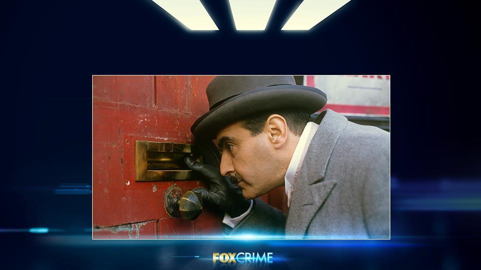 È entrato nei panni di Poirot per la prima volta nel 1988 a 41 anni. Ha registrato più di 100 ore in circa 25 anni.
