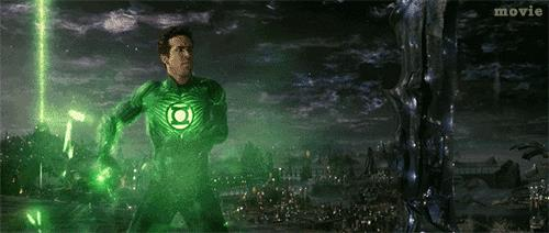 GIF di Ryan Reynolds nei panni di Green Lantern