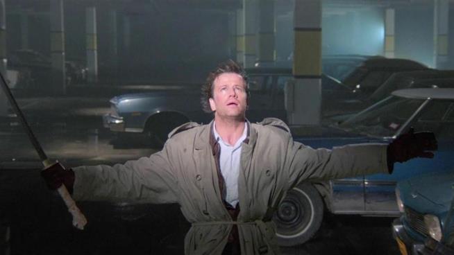 Christopher Lambert in una scena di Highlander - L'ultimo immortale
