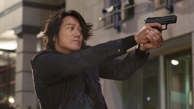 Sung Kang in Fast & Furious 6