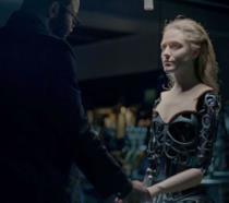 Barnard e lo scheletro di uno dei residenti di Westworld