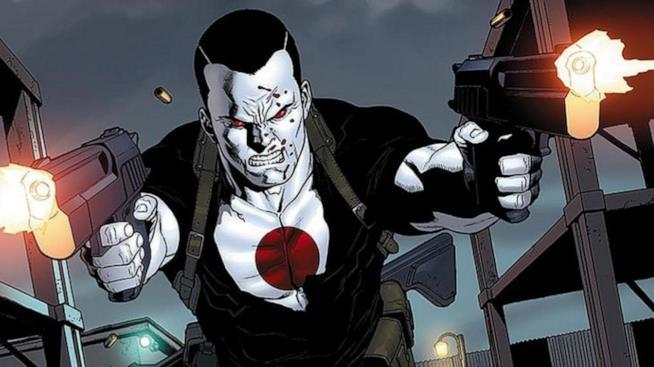 Mezzobusto di Bloodshot con pistole in mano che sparano