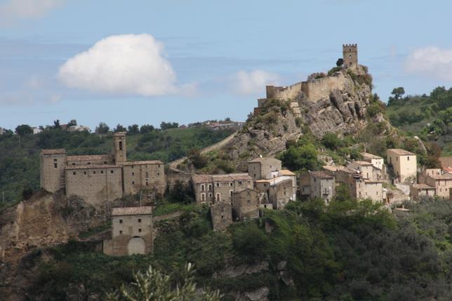Roccascalegna castello