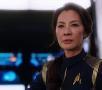 Mezzobusto di Michelel Yeoh nell'uniforme del Capitano Philippa Georgiou
