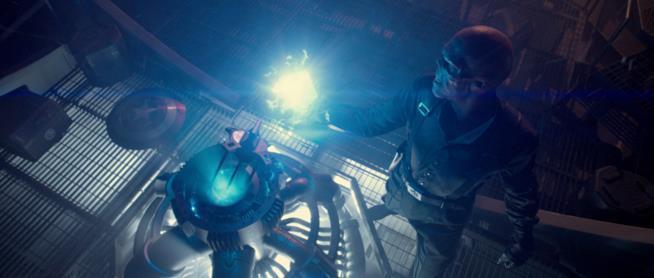 Il Teschio Rosso usa il Cosmic Cube in Capitan America: Il Primo Vendicatore