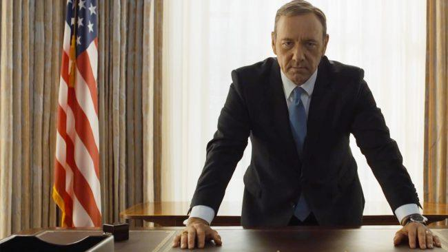 Kevin Spacey in una scena delle serie Tv House of Cards