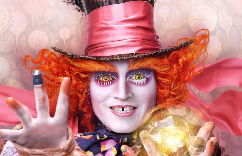 Il Cappellaio Matto interpretato da Johnny Depp è uno dei personaggi principali del mondo di Alice