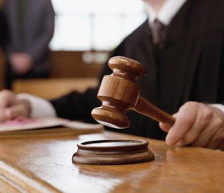 Con Law & Order il colpevole lo scegli tu.