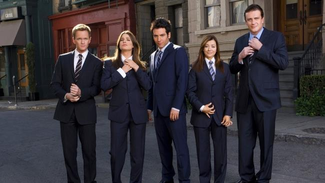 In foto Barney, Robin, Ted, Lily e Marshall