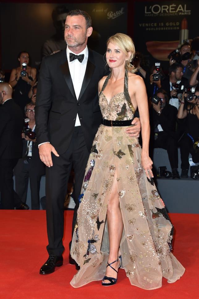 Liev Schreiber e Naomi Watts sul red carpet