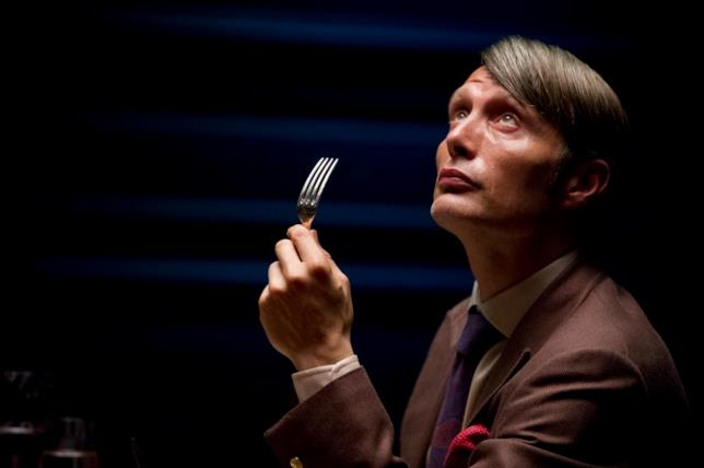 Hannibal Lecter interpretato da Mads Mikkelsen in una scena di Hannibal