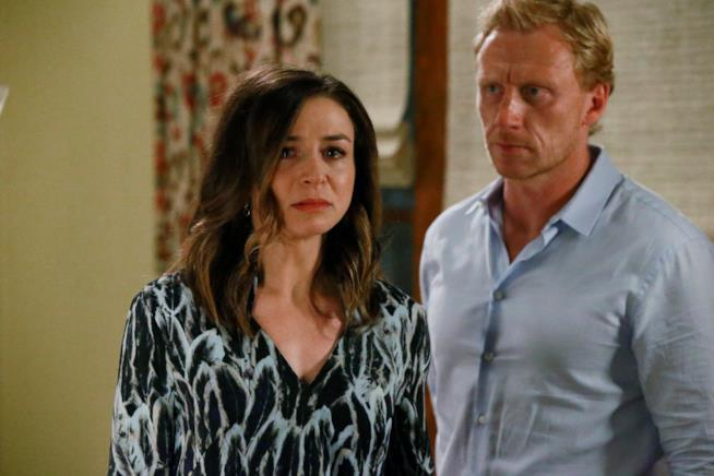Amelia è sconvolta dopo aver scoperto che Penny ha ucciso Derek