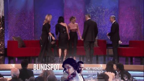 I protagonisti di Friends salgono sul palco per James Burrows