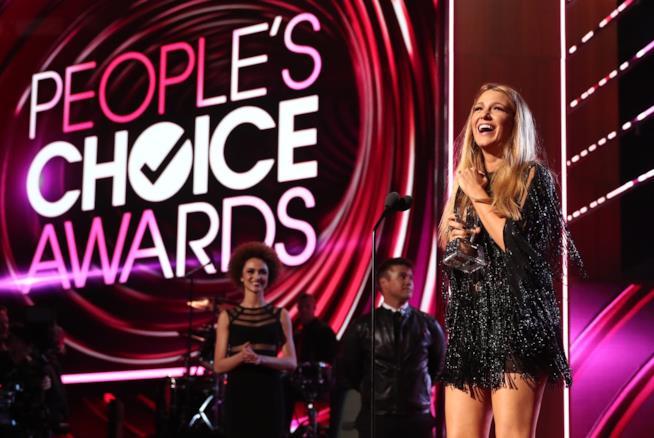Blake Lively durante i People's Choice Awards 2017
