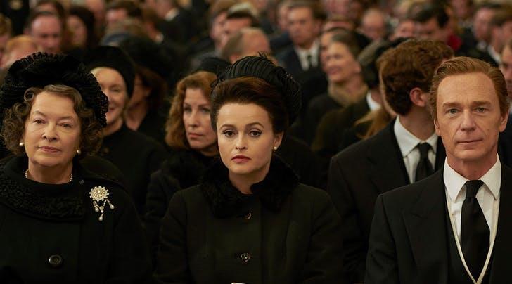 Un mezzo busto di Helena Bonham Carter nei panni della Principessa Margaret in The Crown 3