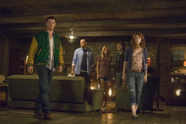 Chris Hemsworth e gli altri protagonisti del film