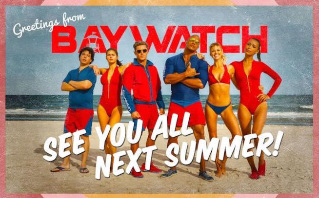 La cartolina rilasciata da Paromount Pictures a distanza di un anno dal reboot di Baywatch