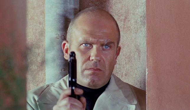 Gastone Moschin è il bandito Ugo Piazza in Milano calibro 9