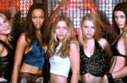 Una scena de Le ragazze del Coyote Ugly