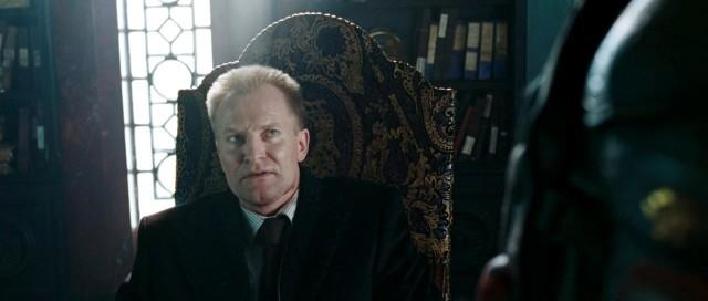 Ulrich Thomsen in una scena del film