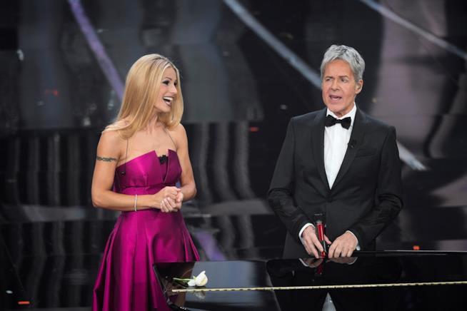 Michelle Hunziker e Claudio Baglioni a Sanremo