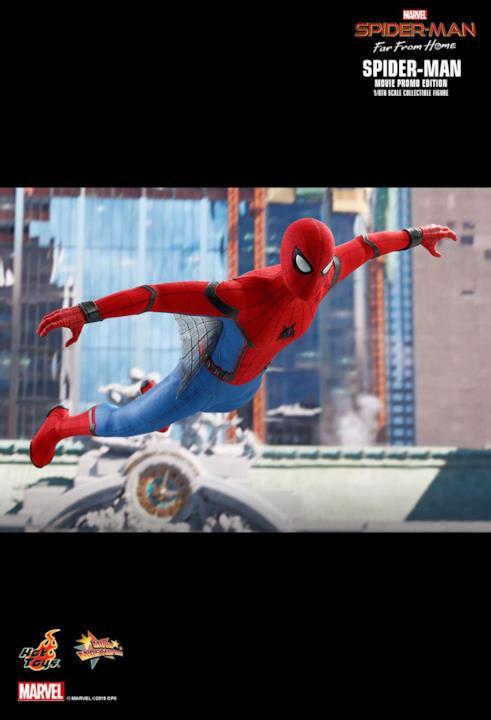 Spider-Man di Hot Toys mette in mostra le piccole ali di ragnatele del suo costume