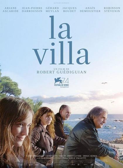 La famiglia protagonista del film La Villa nella locandina del film