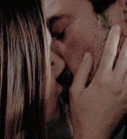 Negan e Sherry Kiss