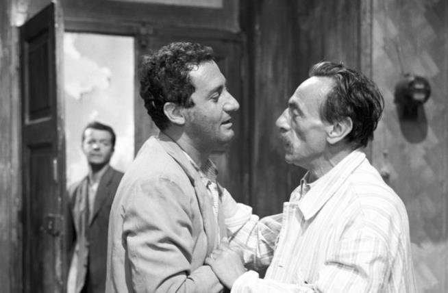 Alberto Sordi ed Eduardo De Filippo in una scena del film