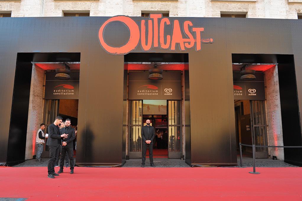 In attesa dei primi vip sul Red Carpet della premiere di Outcast