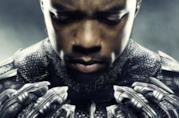 Un primo piano di Chadwick Boseman nei panni di T'Challa nel poster di Black Panther